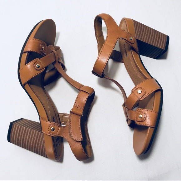 b1e6ca719523 Clarks Shoes - Clarks Collection Banoy Valtina Sandals NWOT